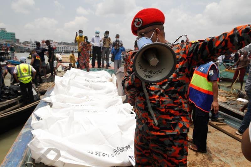 Bangladeş'te tekne alabora oldu: 28 ölü - Sayfa 2