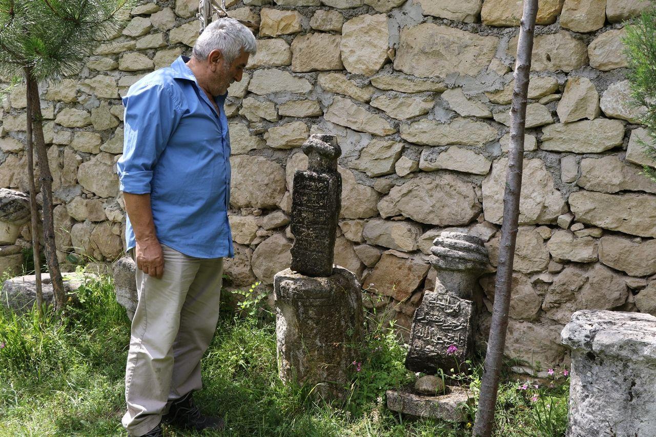 Çevreden topladığı tarihi kalıntılarla köyde müze açtı - Sayfa 4