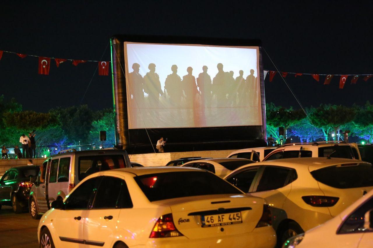 İskenderunlular açık hava sinemasıyla tanıştı - Sayfa 1
