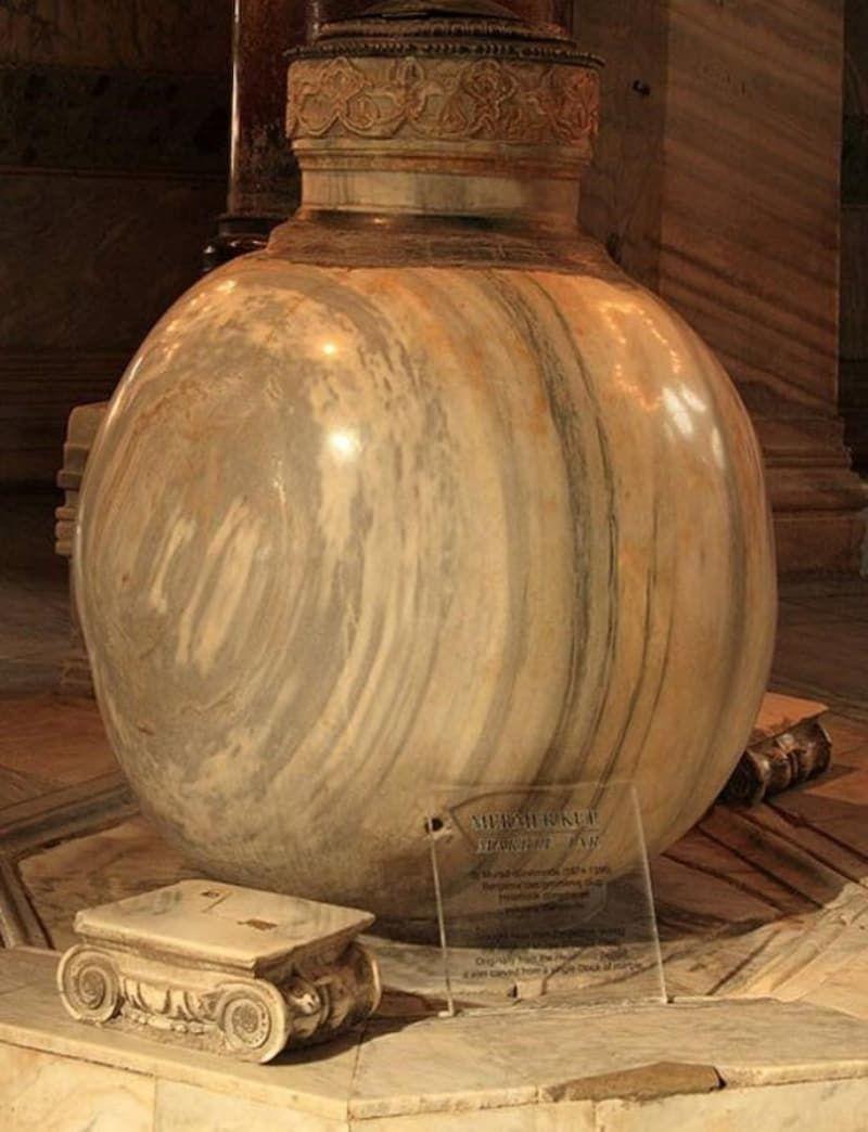 Ayasofya'nın sırları: Viking imzası, Nuh'un gemisinden bir parça, gözyaşıyla delinen sütun… - Sayfa 3
