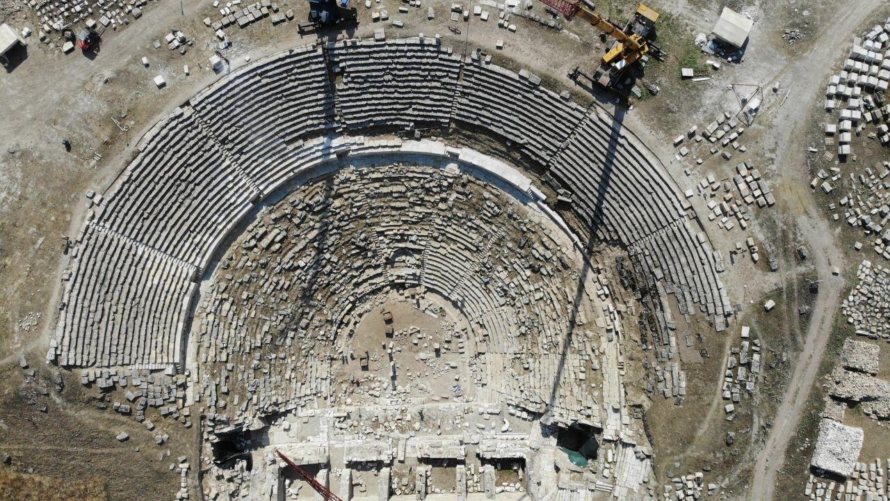 Laodikya Antik Kenti, yapılacak restorasyonla birlikte ziyarete açılacak - Sayfa 3