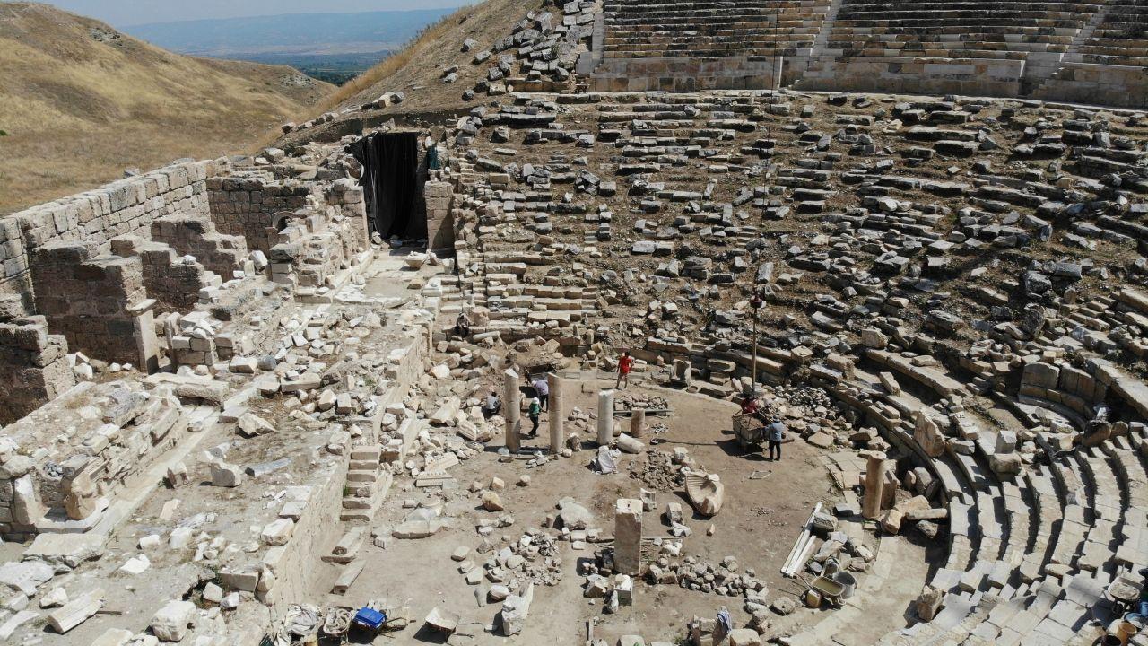 Laodikya Antik Kenti, yapılacak restorasyonla birlikte ziyarete açılacak - Sayfa 4