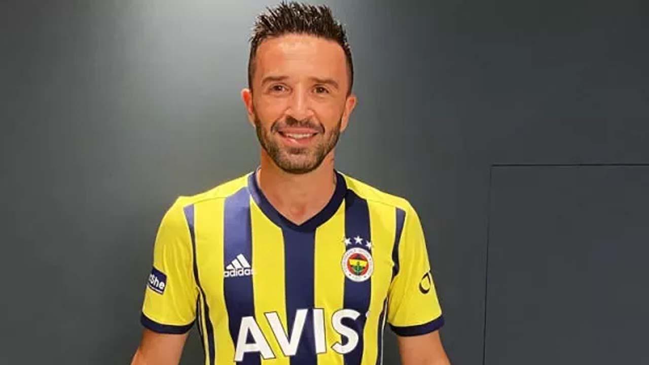 Fenerbahçe Gökhan Gönül'ü resmen açıkladı!