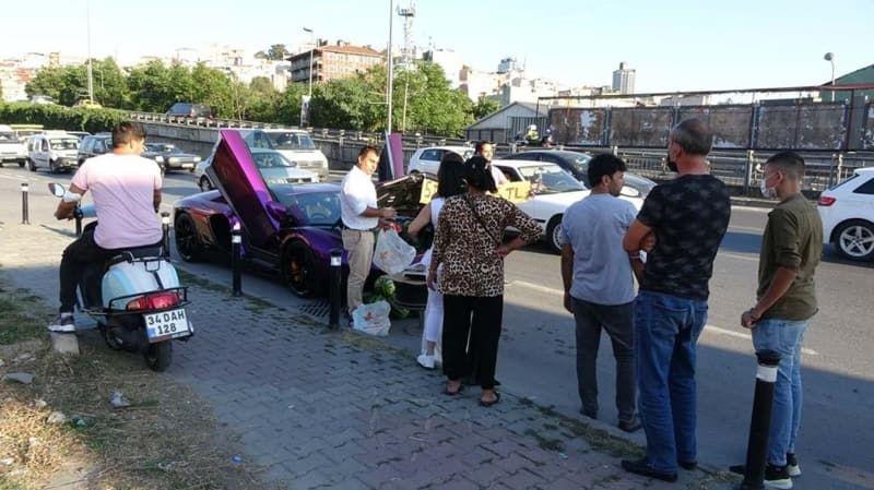 Beyoğlu'nda lüks otomobilde 5 liraya karpuz sattı - Sayfa 4