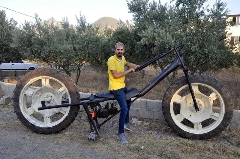Sosyal medya fenomeni, traktör tekerli motosiklet yaptı - Sayfa 1