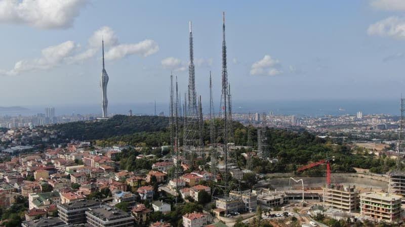 Küçük Çamlıca TV-Radyo Kulesi'ndeki eski antenler kaldırılıyor - Sayfa 2