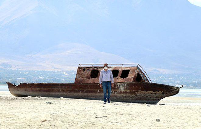 Türkiye'nin en büyük gölünde korkutan manzara! Su seviyesi 1 metreye düştü - Sayfa 4