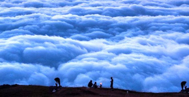 Bulutların üzerindeki yayla seyri doyumsuz manzarasıyla büyülüyor - Sayfa 1