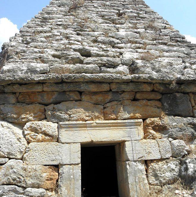 Yıllarca adaklar adanıp dualar edilen anıt mezar mitolojik savaşçıya ait çıktı - Sayfa 2