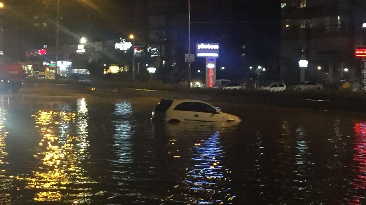 Başkentte şiddetli yağış etkili oldu - Sayfa 1