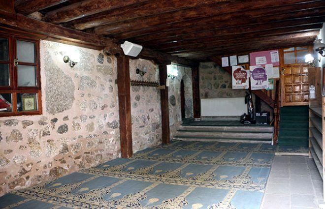 Çivisiz, 800 yıldır ayakta! Bu caminin sırrını duyan hayran kalıyor - Sayfa 4