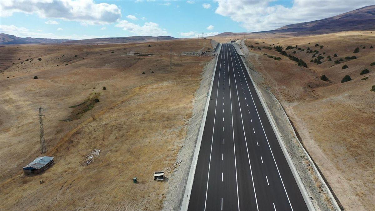 Yeni yapılan Kars-Erzurum kara yolunun bir kısmı ulaşıma açıldı - Sayfa 3