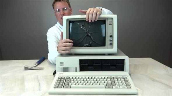 1981 yılında üretilen ilk bilgisayarın içinde ne var? - Sayfa 4