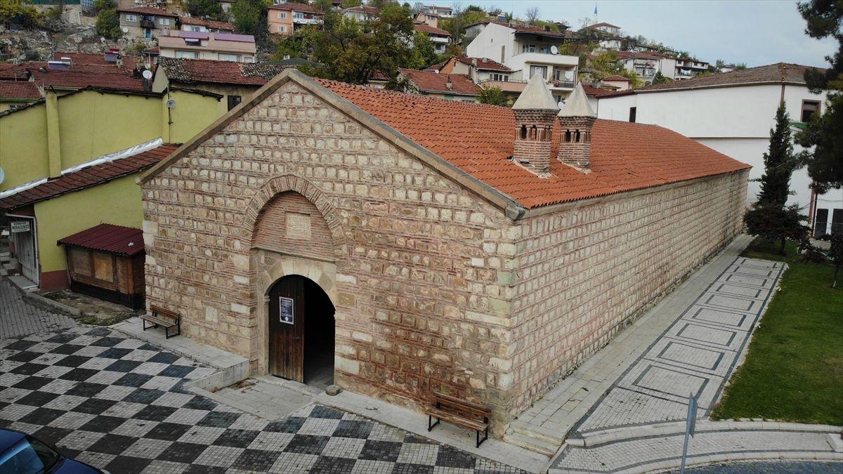 """Tarihi İpek Yolu'nda yer alan """"Taşhan"""" yeniden ticaretin merkezi olacak - Sayfa 1"""