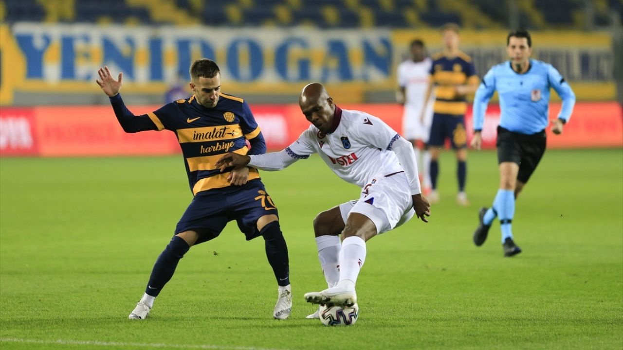 Trabzonspor'dan ilk deplasman galibiyeti - Sayfa 1