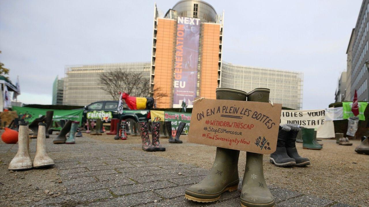 Brüksel'de çiftçiler gösteri yaptı - Sayfa 2