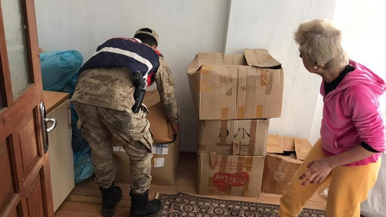 Elazığ'da jandarma ekipleri depremzedeler için seferber oldu - Sayfa 2