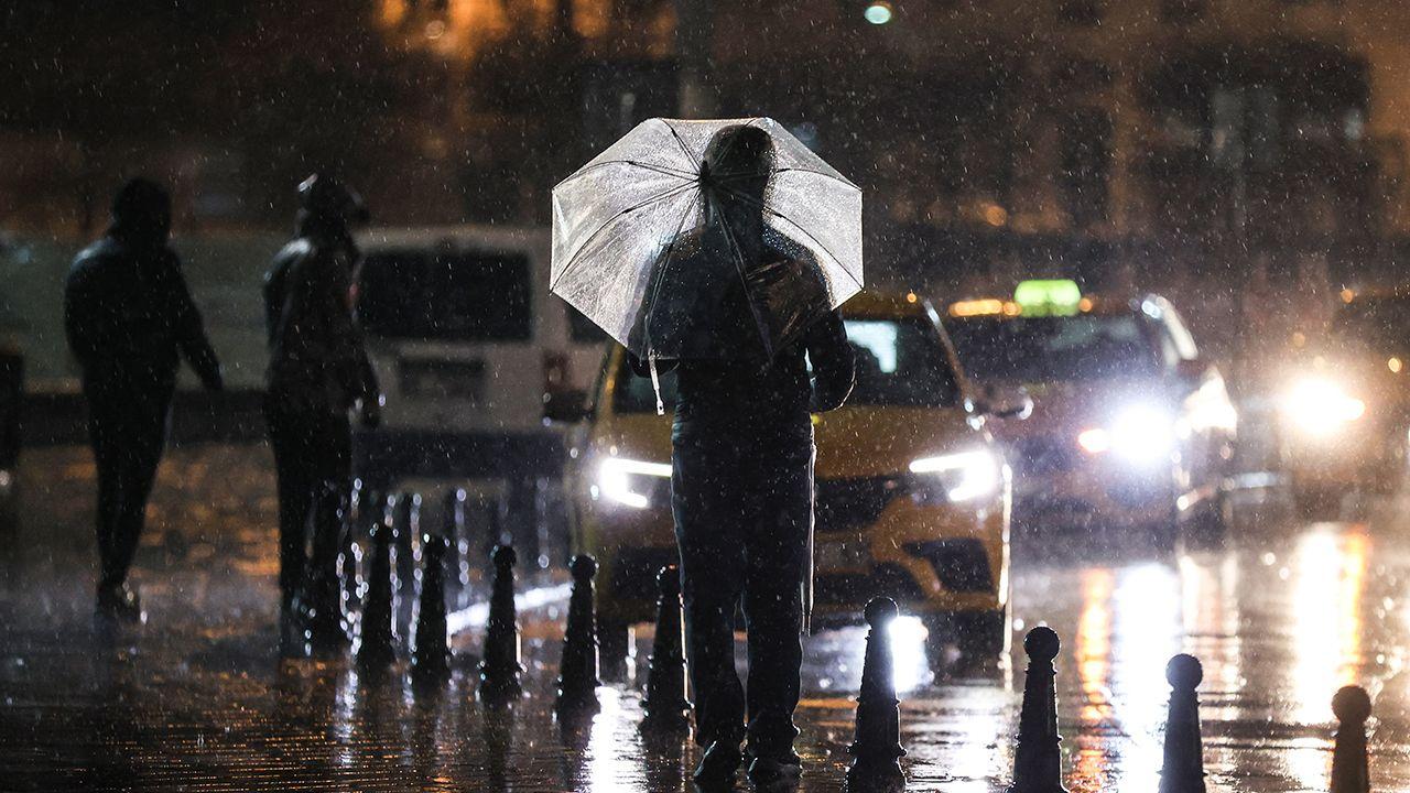 İstanbul'da sağanak etkili oluyor - Sayfa 2
