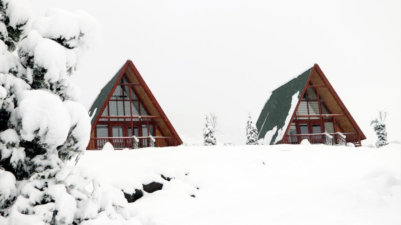 Yıldız Dağı Kayak Merkezi'nde kar kalınlığı 25 santimetreye ulaştı - Sayfa 1