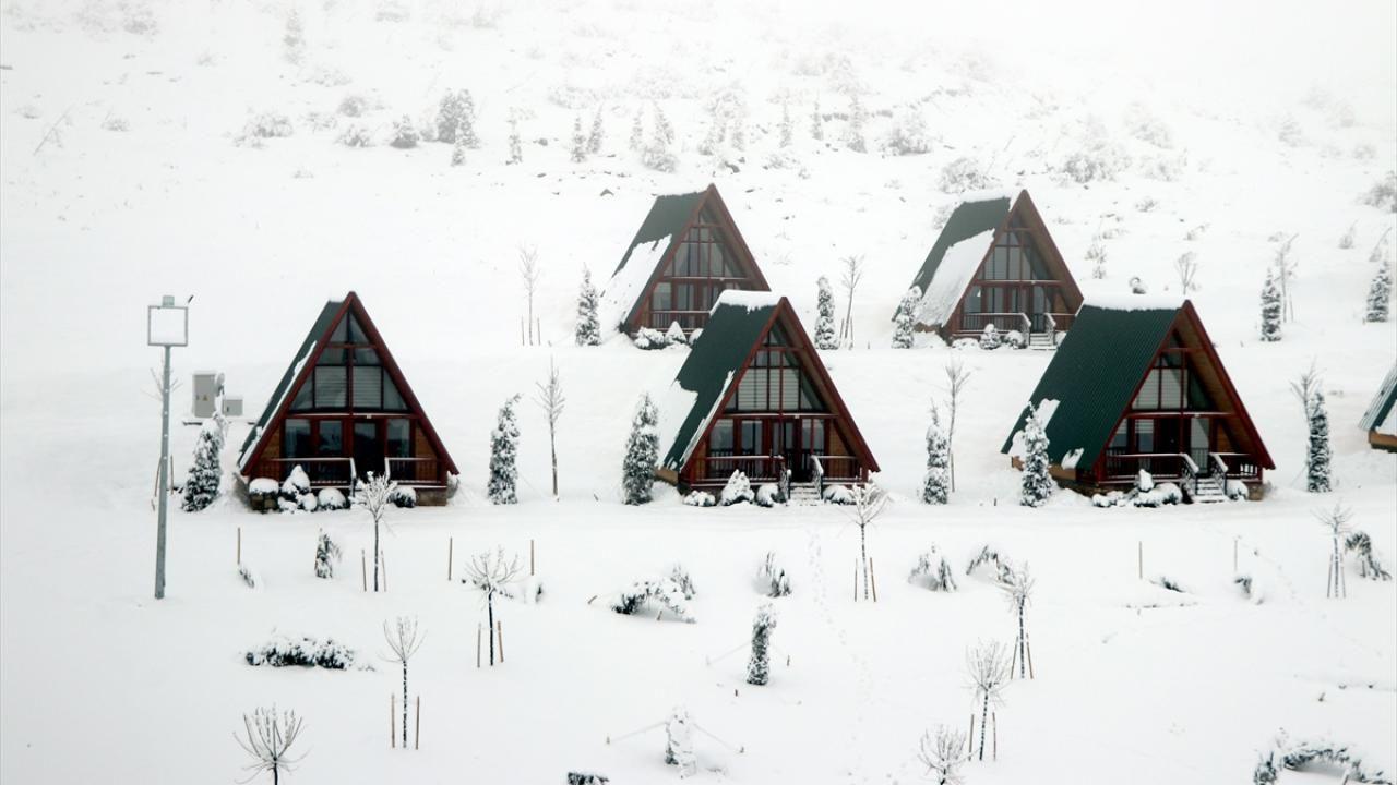 Yıldız Dağı Kayak Merkezi'nde kar kalınlığı 25 santimetreye ulaştı - Sayfa 4