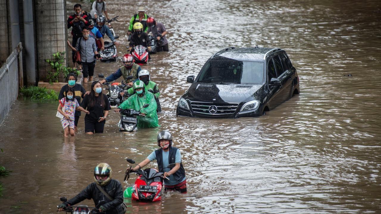 Endonezya sular altında kaldı - Sayfa 4