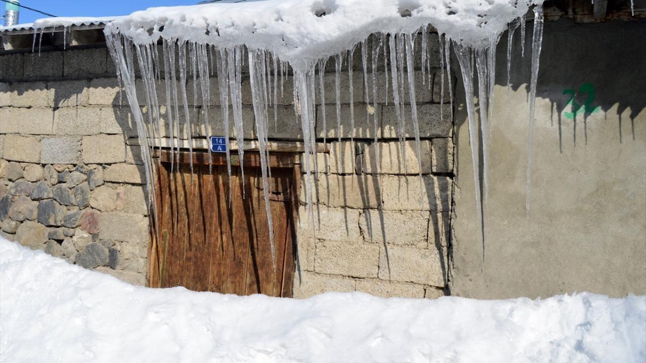 Doğu buz kesti: Ağrı eksi 24 dereceye düştü - Sayfa 1