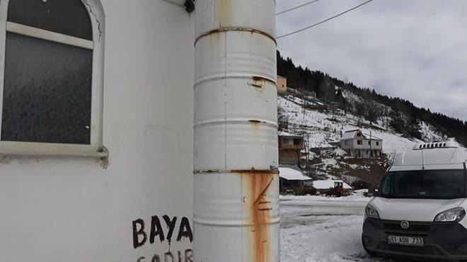Karadenizli zekasının örneği! Bu mescidin minaresi petrol varillerinden - Sayfa 3