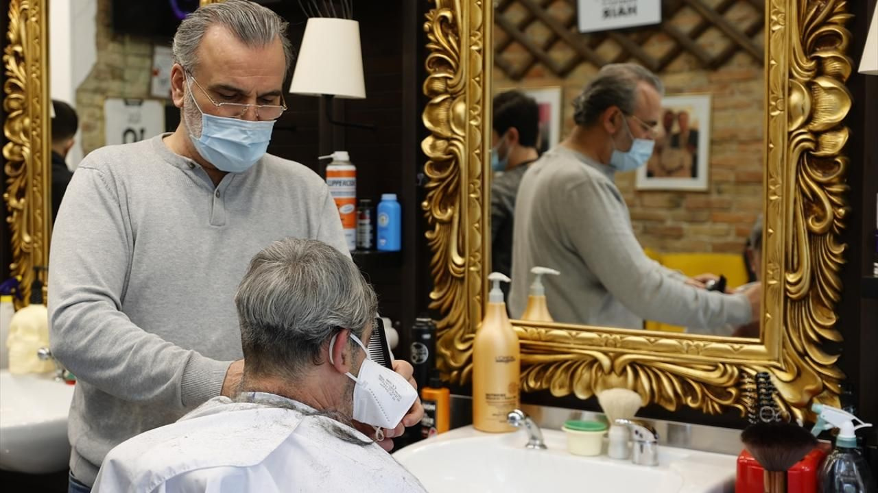 Almanya'da kuaför ve berber salonları yeniden açıldı - Sayfa 2