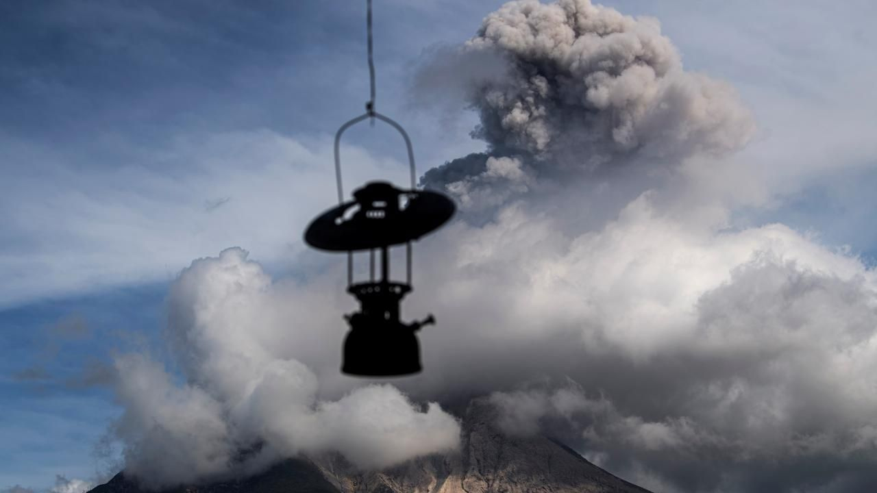 Endonezya'nın Sinabung Yanardağı faaliyete geçti - Sayfa 1