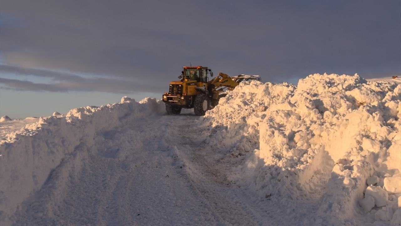 Kar kaplanları baharda da karla mücadele ediyor - Sayfa 4