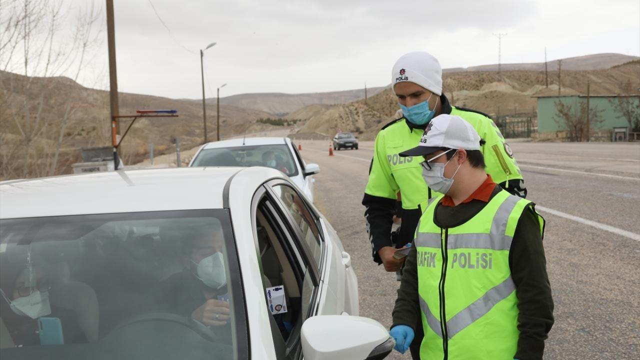 Down sendromu Burak trafik polisi oldu - Sayfa 4