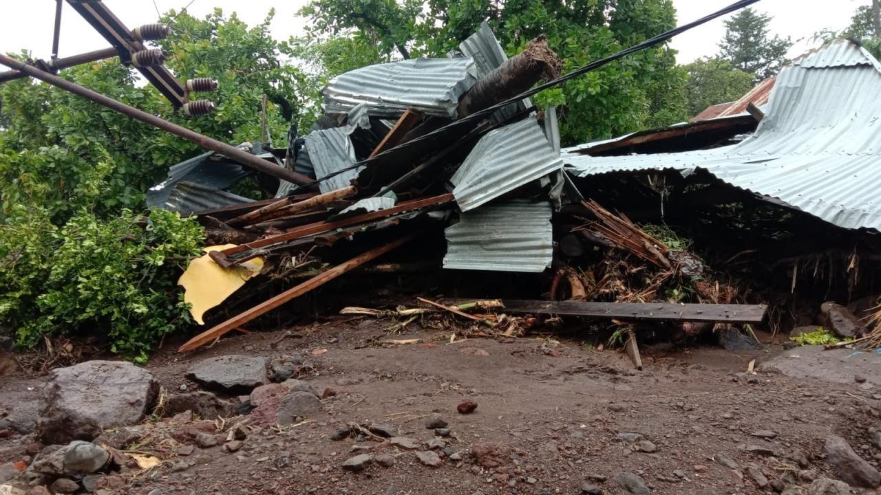 Endonezya'da yağış sel felaketine yol açtı - Sayfa 2