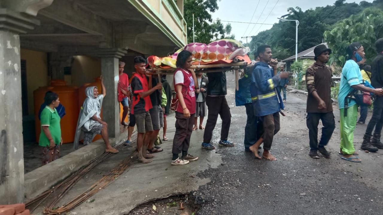 Endonezya'da yağış sel felaketine yol açtı - Sayfa 3