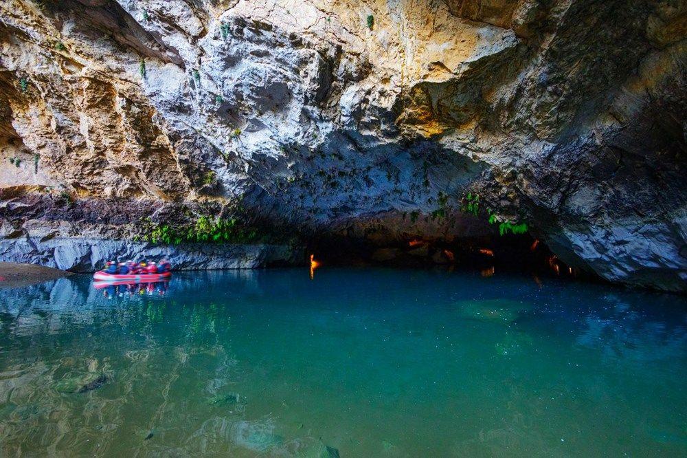 Türkiye'nin en büyük yeraltı gölü: Altınbeşik Mağarası - Sayfa 2
