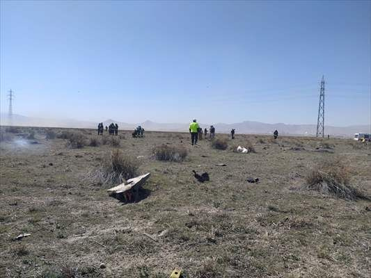 Konya'da Türk Yıldızları'na ait uçak düştü - Sayfa 1