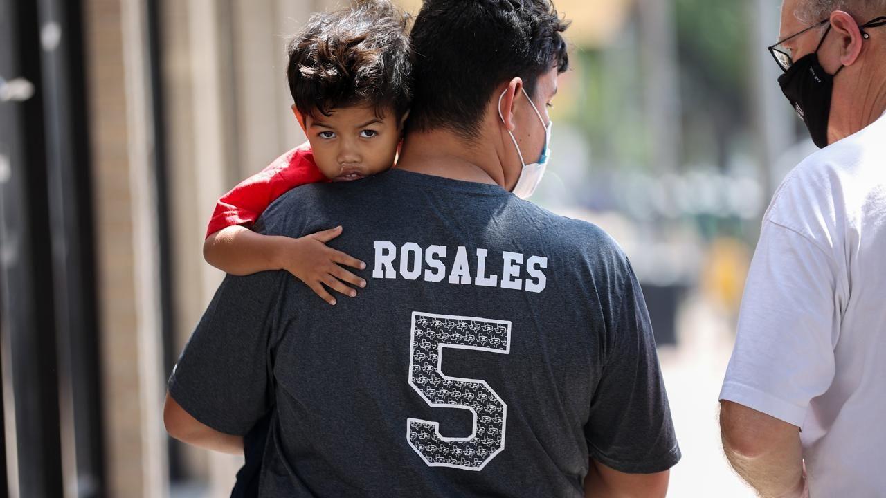 ABD-Meksika sınırında rekor göçmen sayısı - Sayfa 1