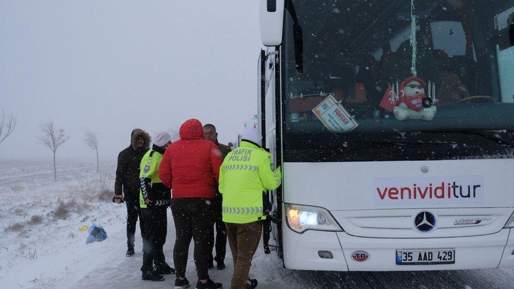 Konya'da 2 tur otobüsü devrildi: 1 Rus turist öldü - Sayfa 1