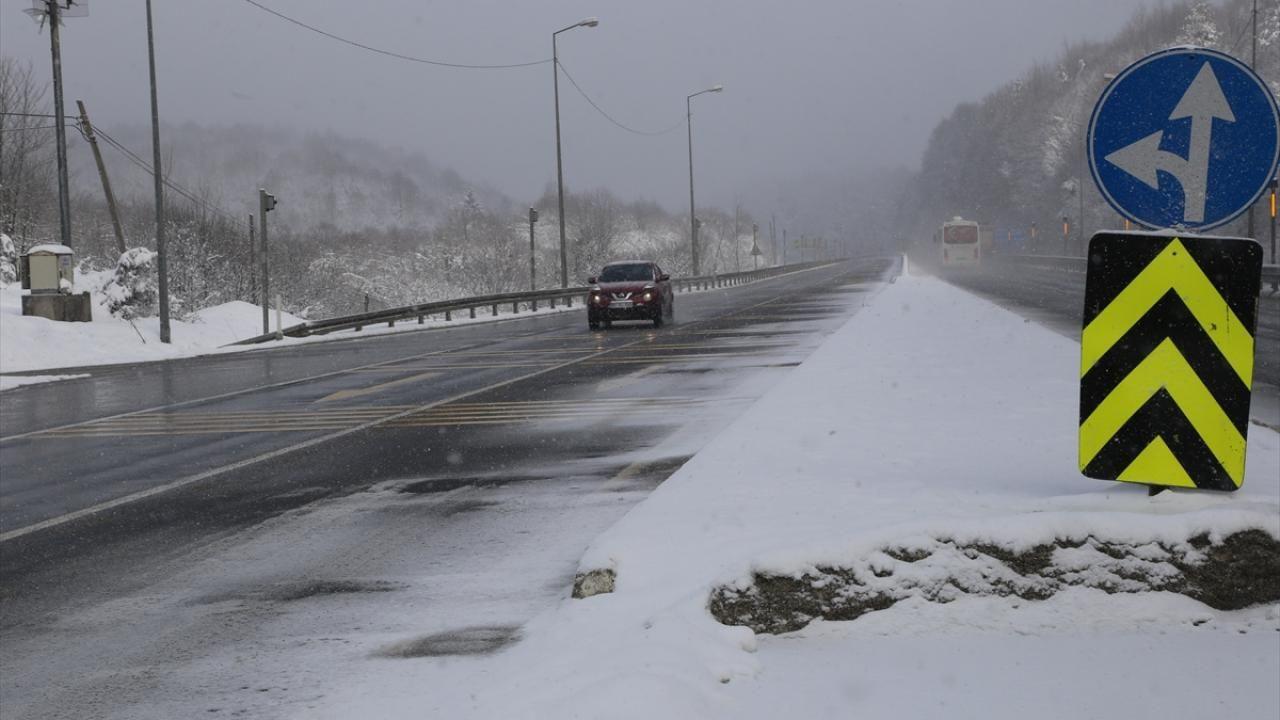 Bolu Dağı'nda kar etkili oluyor - Sayfa 2