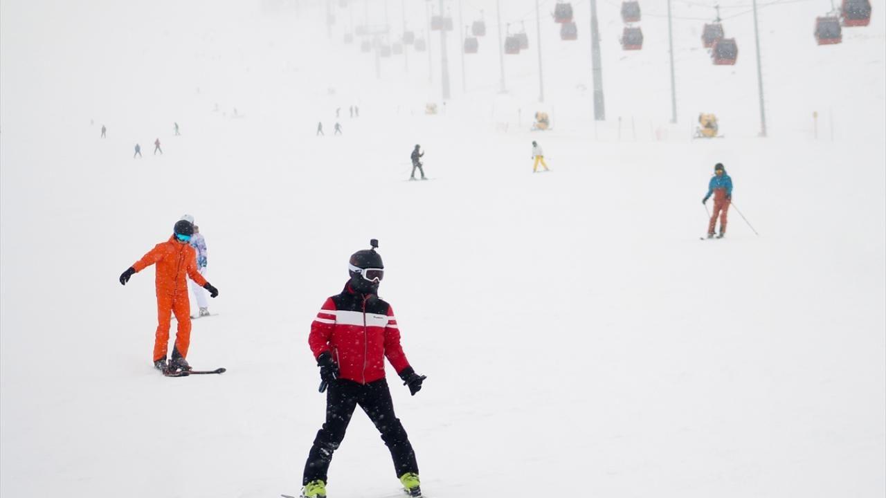 Erciyes'te yoğunluk: Nisan ayında kayak keyfi - Sayfa 2