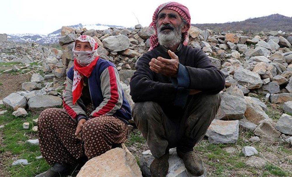 Terk edilmiş köyde tek başlarına yaşıyorlar - Sayfa 4