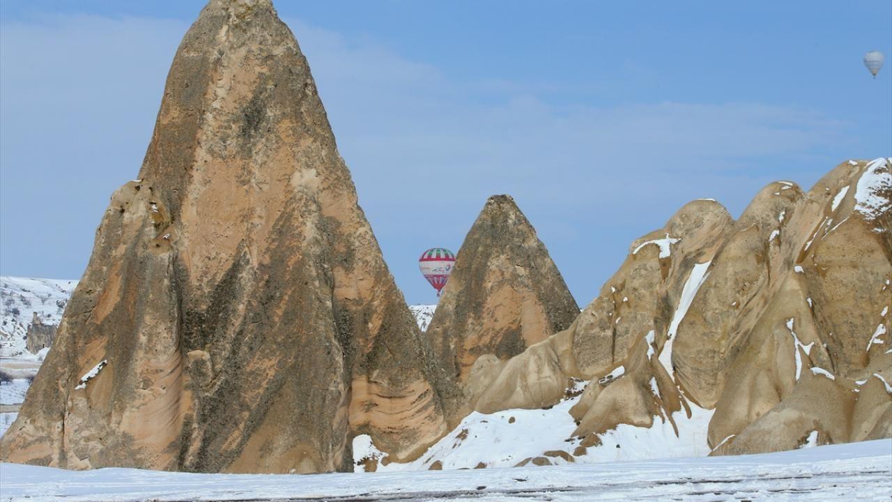 Kapadokya ilkbaharda beyaza büründü - Sayfa 4