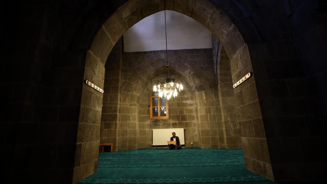 Erzurum'un asırlık camilerinde ramazan ayı buruk geçiyor - Sayfa 3