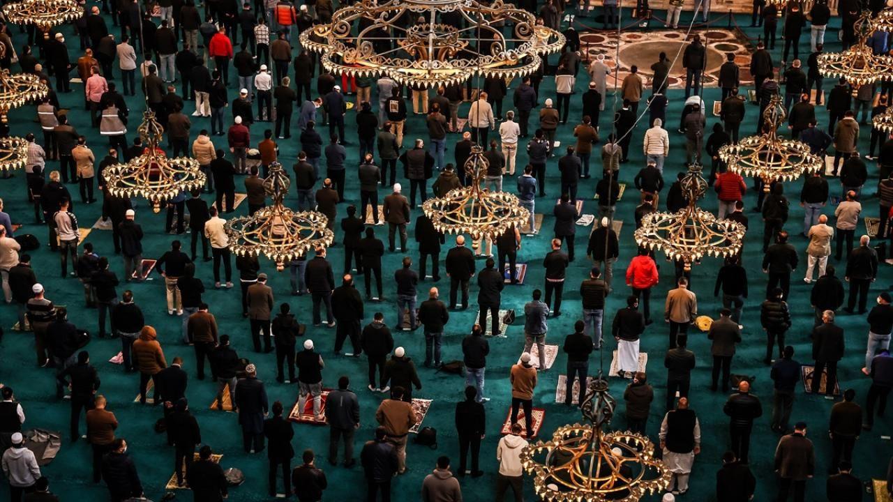 Yurt genelinde Ramazan ayının ilk cuması eda edildi - Sayfa 3