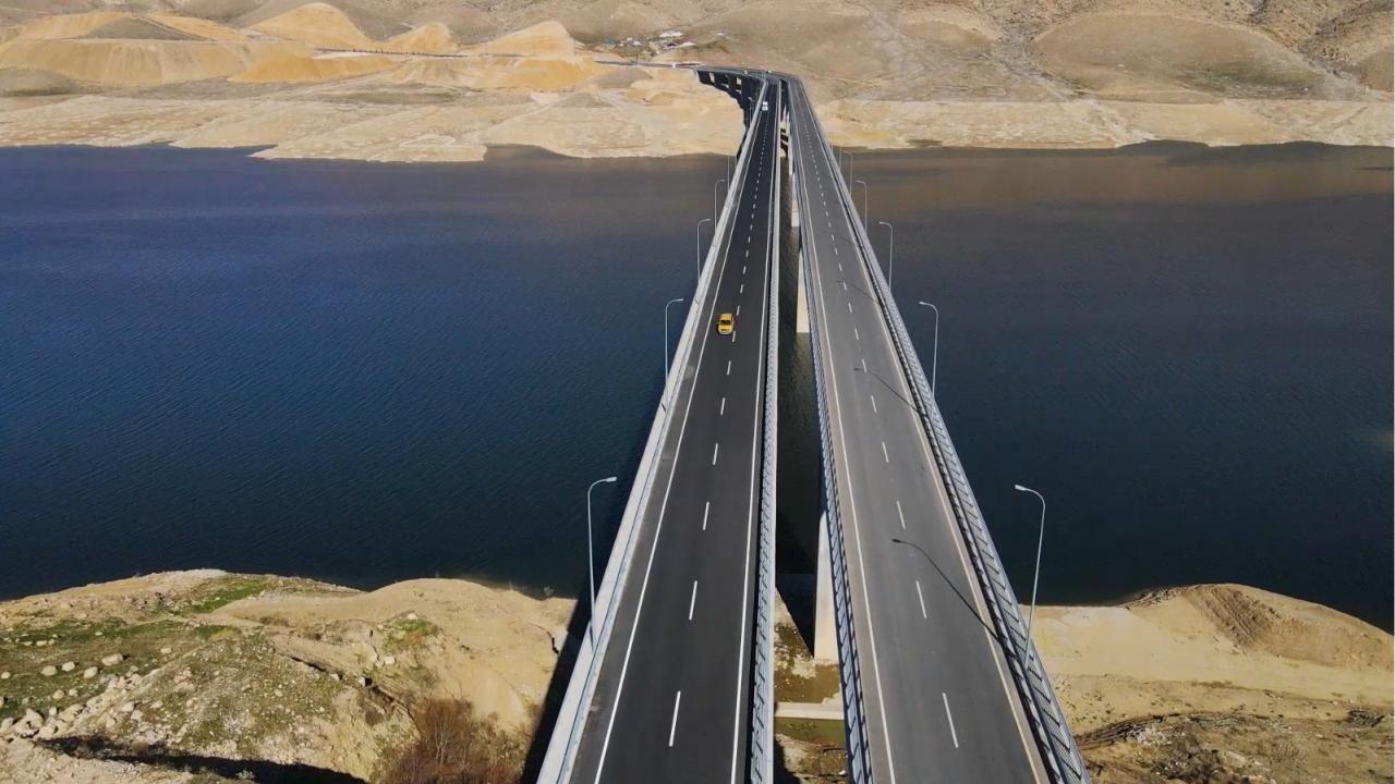 Hasankeyf-2 köprüsü hizmete açıldı - Sayfa 1
