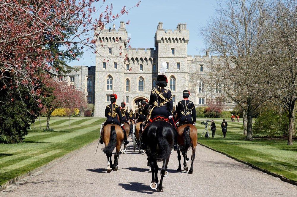 İngiltere, Prens Philip'e veda ediyor - Sayfa 3