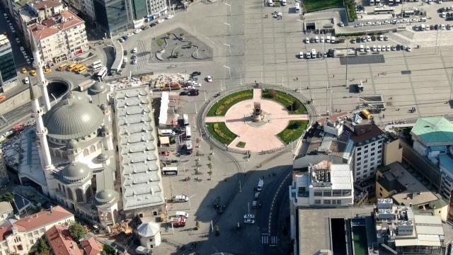 1 Mayıs Emek ve Dayanışma Günü! Taksim Meydanı drone ile görüntülendi. - Sayfa 3