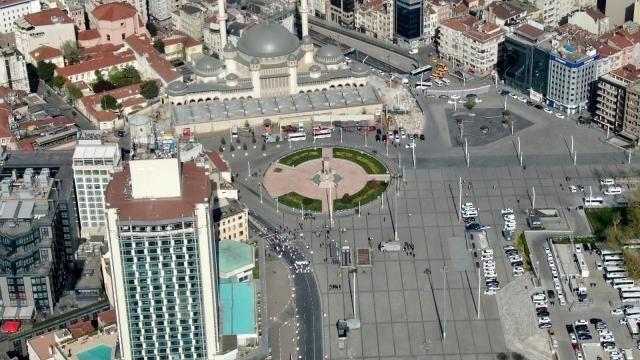 1 Mayıs Emek ve Dayanışma Günü! Taksim Meydanı drone ile görüntülendi. - Sayfa 1
