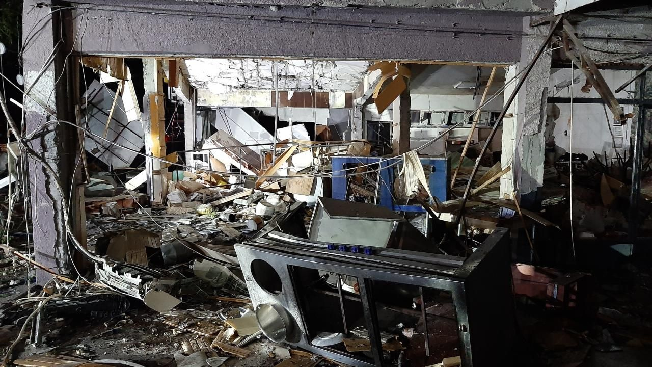 Lokantada tüp patladı, 20 iş yerinde hasar oluştu - Sayfa 1