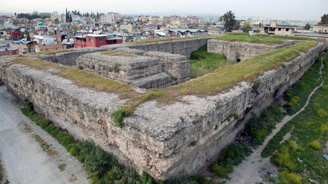 Donuktaş Roma Tapınağı turizme kazandırılmayı bekliyor - Sayfa 1