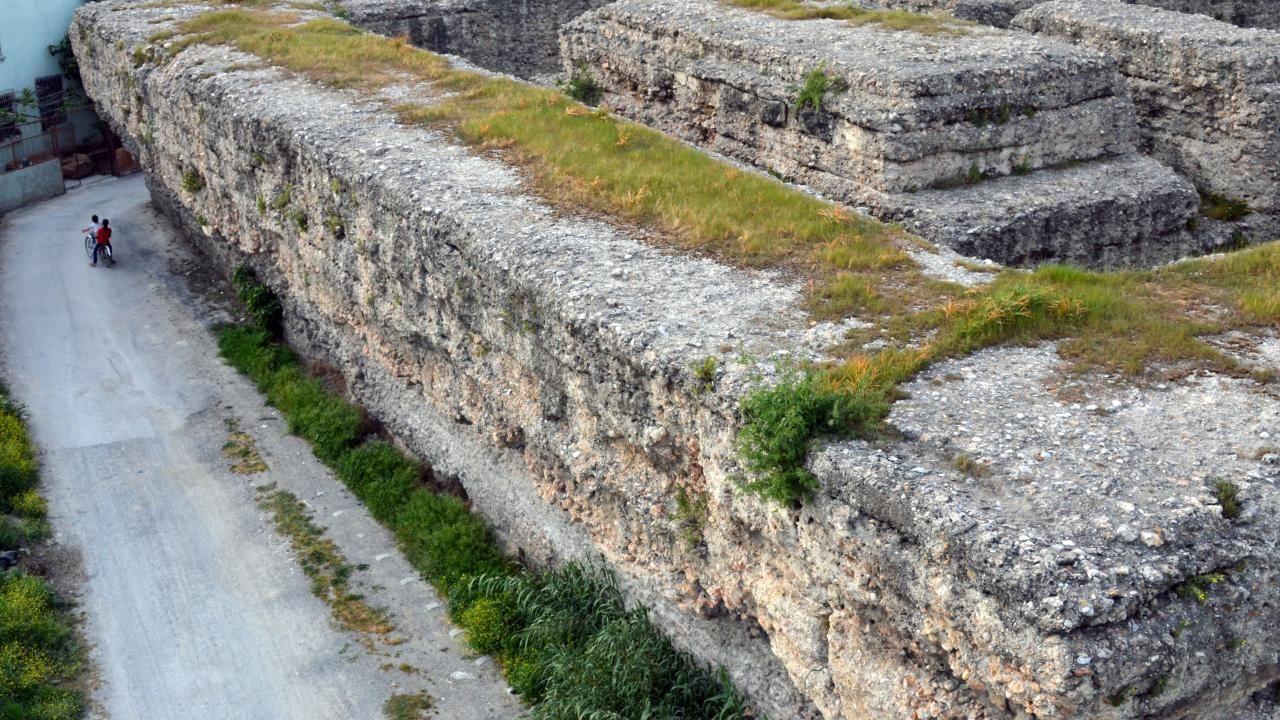 Donuktaş Roma Tapınağı turizme kazandırılmayı bekliyor - Sayfa 2